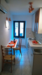apartment izola kitchen