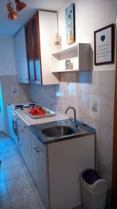 apartment izola kitchen